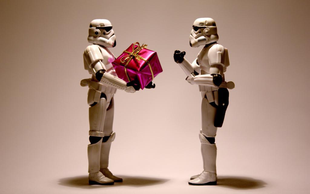 Подарки друг другу