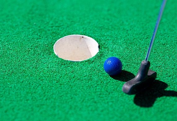 Бизнес-план мини-гольфа: размеры поля, необходимое оборудование, расчет затрат и методы привлечения клиентов