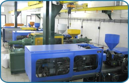Свой бизнес: производство пластмассовых изделий
