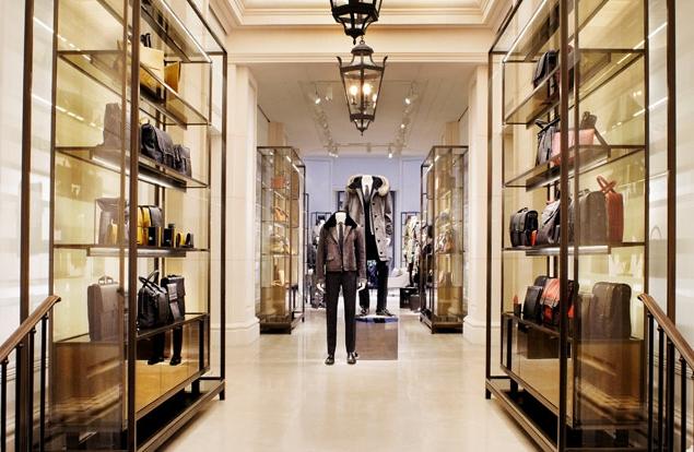 1d2574cd084 Бизнес на одежде  как открыть магазин мужской одежды. Что нужно ...