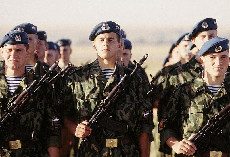 Пенсии по выслуге лет военнослужащим