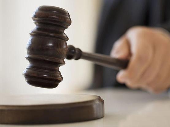 как вести в суде истцу
