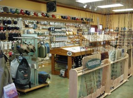 Торговое оборудование для рыболовного магазина