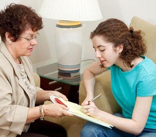 Социальный работник в доме престарелых обязанности требования к открытию дома престарелых