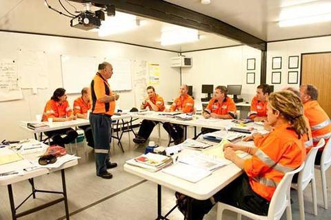 Целевой инструктаж по охране труда: когда проводится, кто проводит, журнал, программа