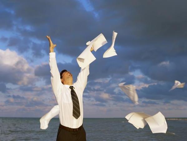 как написать заявление на увольнение находясь в отпуске образец