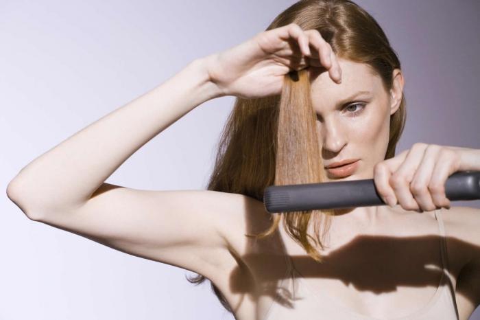 Как выбрать выпрямитель для волос для локонов