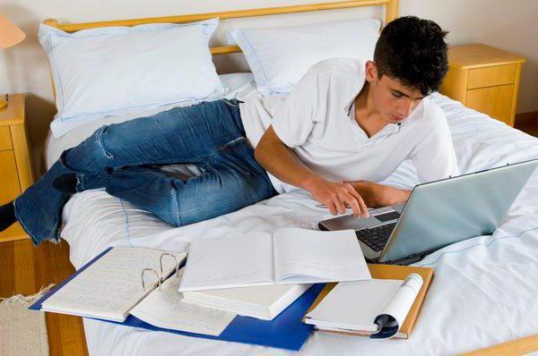 Можно ли работать на двух работах официально: правила, закон и рекомендации специалиста