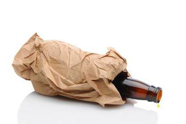 Можно ли пить пиво на улице: закон, правила распития, сумма штрафов и рекомендации