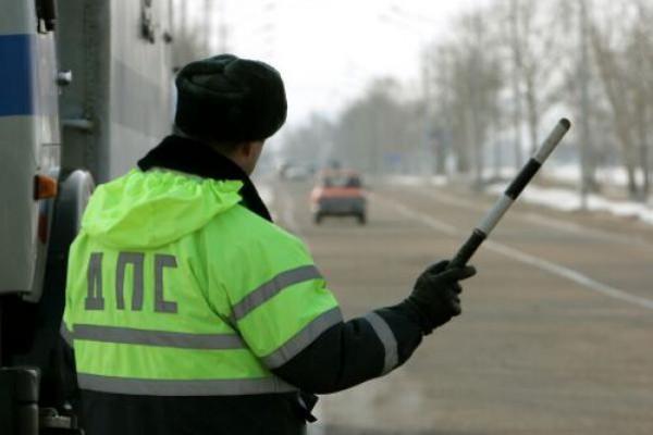 Сотрудники ДПС остановили без прав - что делать