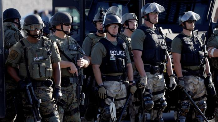 как устроиться в полицию работа в мвд