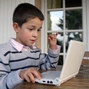 Как заработать в интернете школьнику: способы заработка без вложений