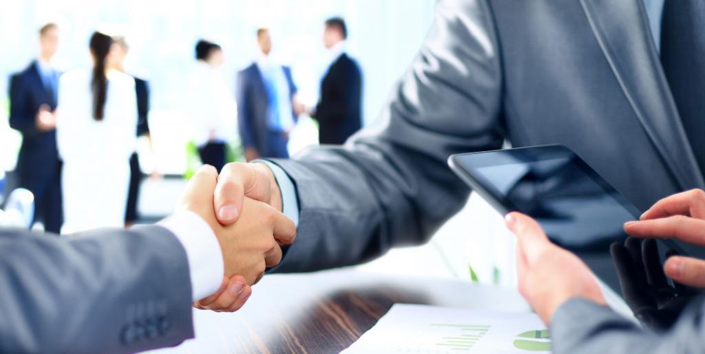 ИП оказывает услуги юридическому лицу