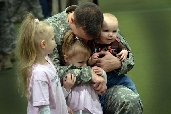 Определение порядка общения ребенка с отцом