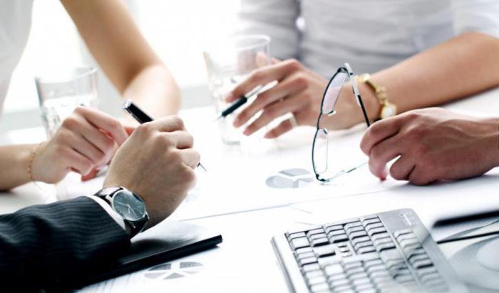 Выход учредителя из ООО: заявление, протокол собрания, распределение доли
