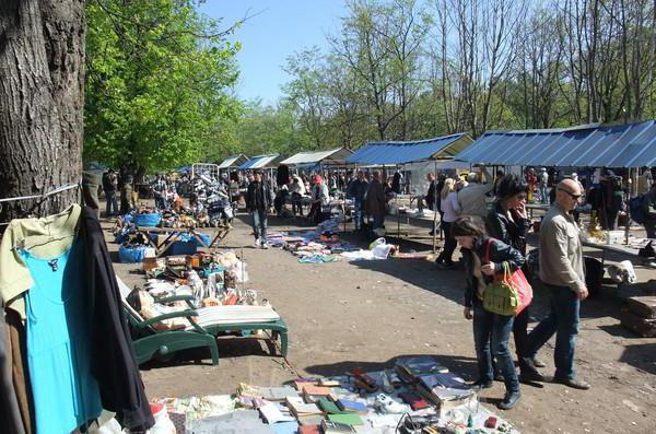 Блошиные рынки в Санкт-Петербурге, адреса