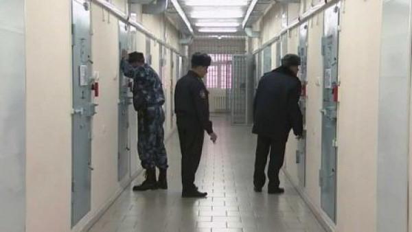Чем отличается тюрьма от колонии: краткое описание