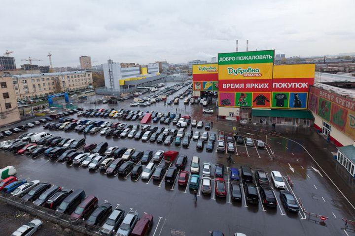 Не секрет, что в любом городе существуют торговые места, в которых  предпочитает делать покупки добрая половина его жителей. В столице, после  того, ... 0eaedc0ea24