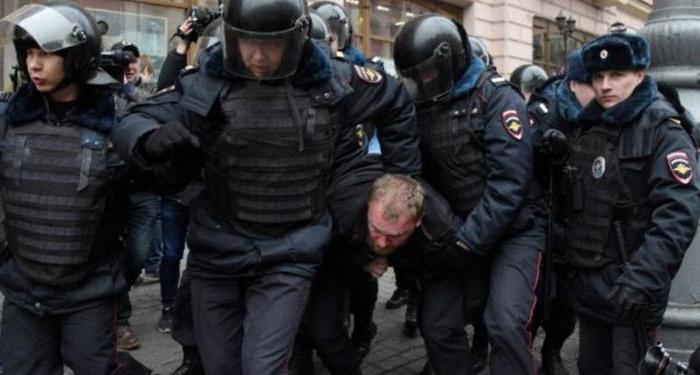 Статья 318 УК РФ: невыполнение законных требований сотрудника полиции