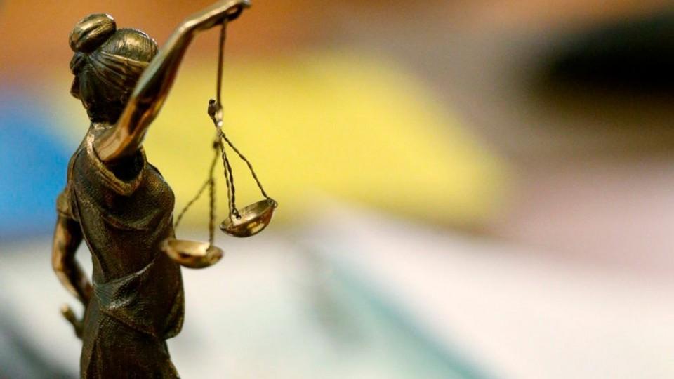 сложно ли работать судебным приставом