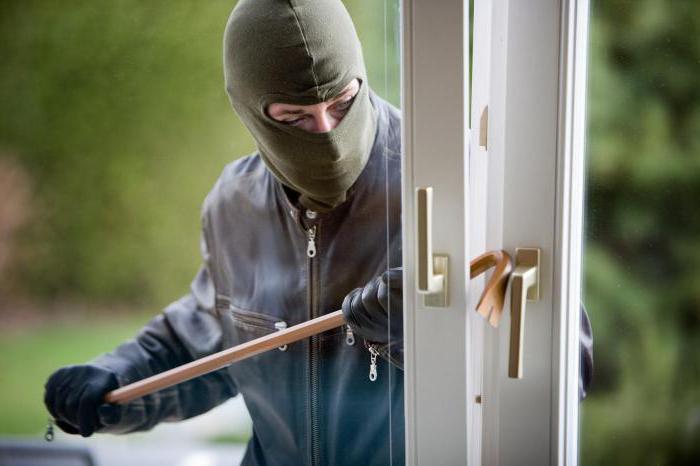 отличие кражи от мошенничества в уголовном праве