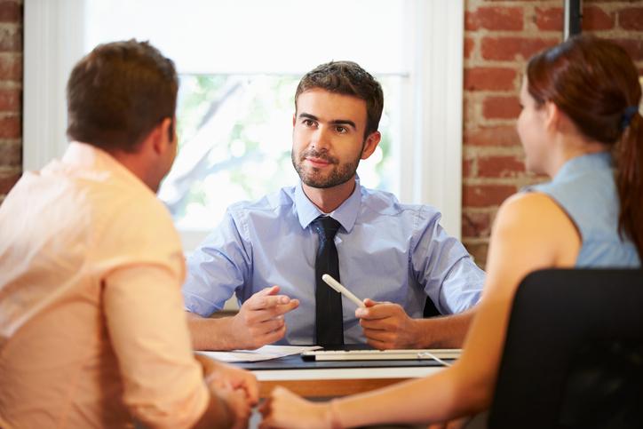Досудебная претензия страховщику: правила написания образец