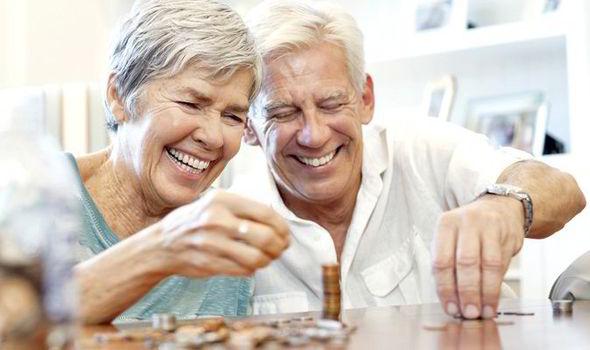 положен ли работающим пенсионерам дополнительный отпуск