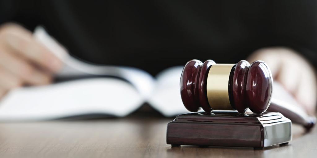 Иск о незаконном увольнении