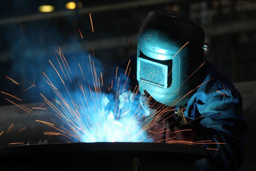 Должностные обязанности электрогазосварщика. Типовая должностная инструкция
