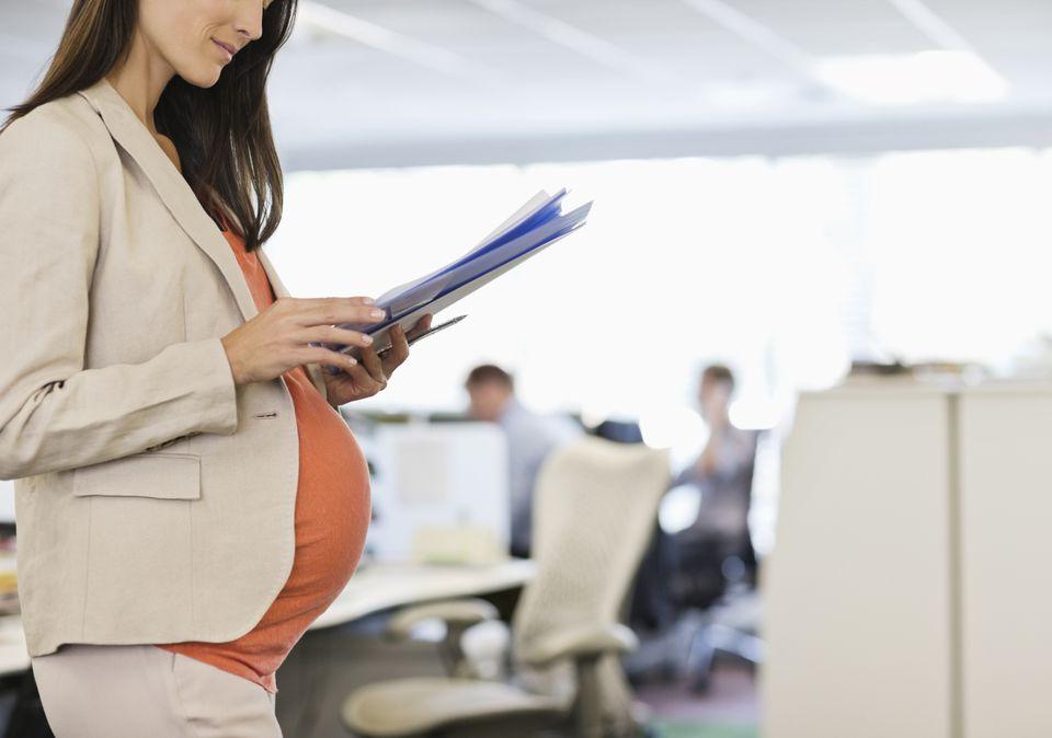 Могут ли беременную уволить на испытательном сроке? Права беременной женщины
