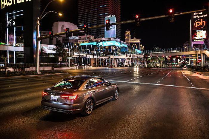 Какой штраф за проезд на красный свет светофора?