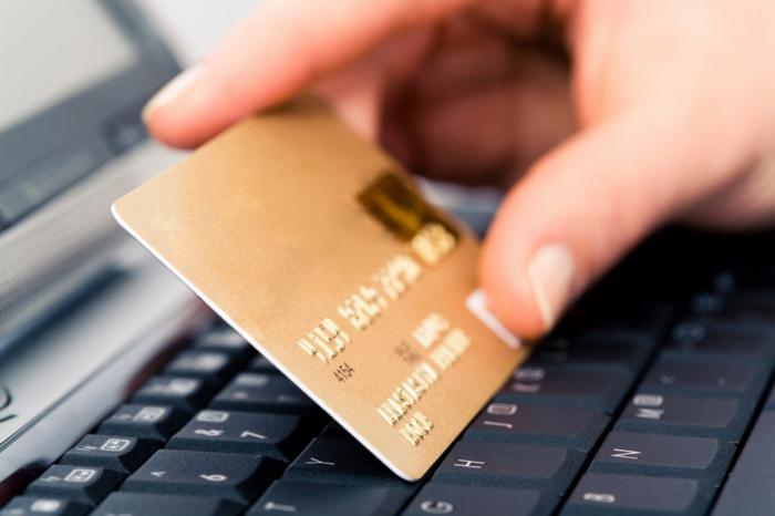 Как в магазине расплачиваться картой: пошаговая инструкция