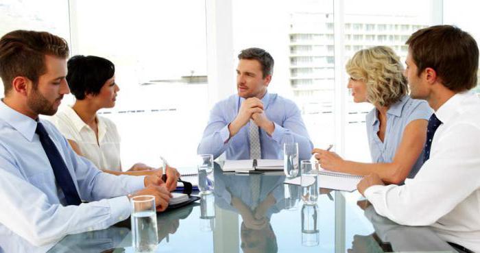 Работодатель не обязан заполнять все вакантные ше в шр, это полностью на его усмотрение.
