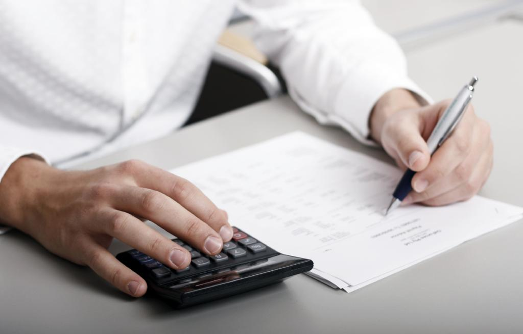 долги по налогам