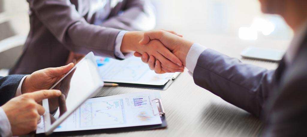 Может ли организация выдать беспроцентный займ сотруднику?