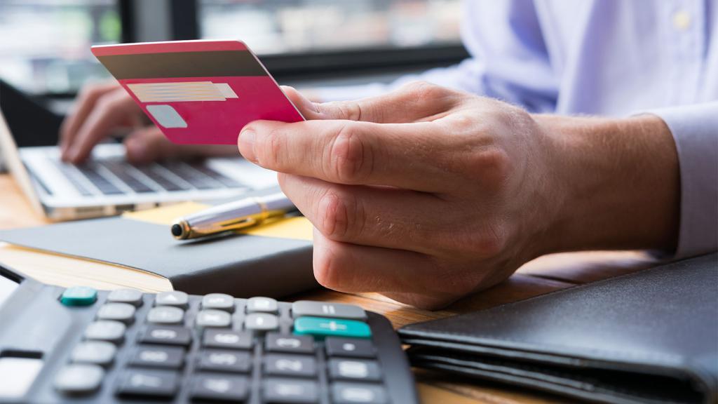 Как оформить банкротство физического лица по кредитам: пошаговая инструкция