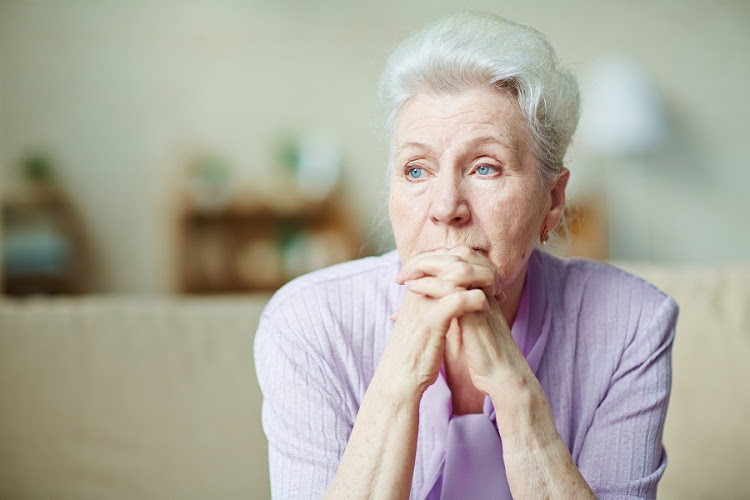 Увольнение пенсионера по сокращению штатов: выплаты, порядок процедуры