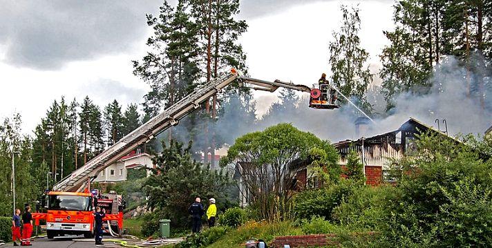 Противопожарные разрывы между зданиями и сооружениями: требования