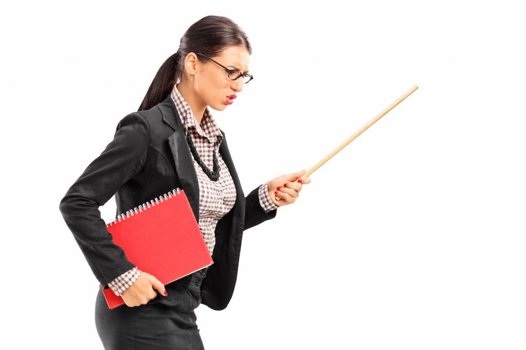 Что делать, если учитель оскорбляет ученика: права школьника и их защита
