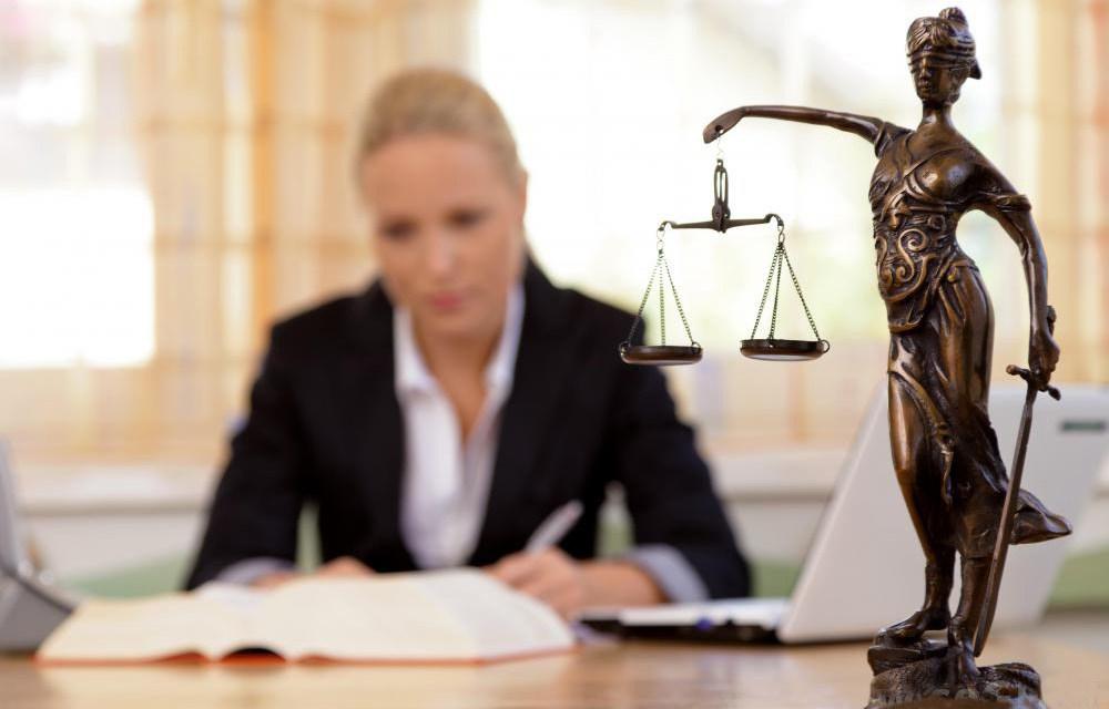 Юрист и адвокат: в чем разница? Несколько главных отличий