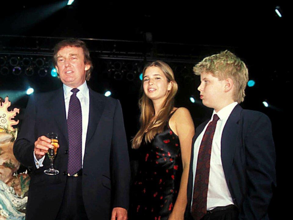 кажется ужасным, свадьба фото эрик трамп сын трампа обретет твое