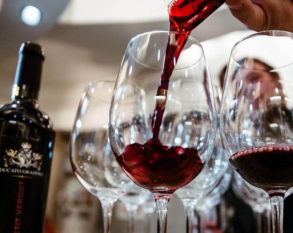 тесно картинка дегустация вина клиентом необходимые работы