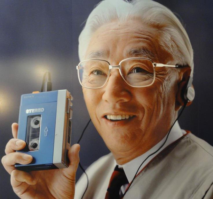 Кто изобрёл Walkman и почему почти все были против него?
