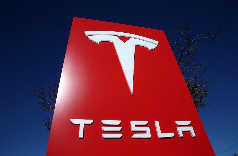 Tesla на грани банкротства?