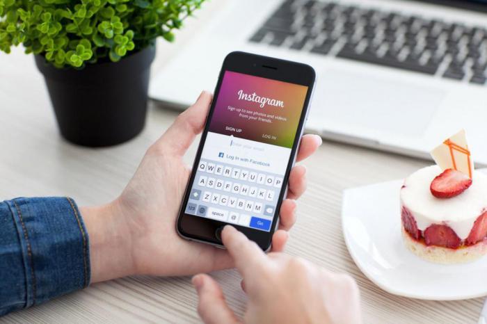 Почему соучредители Instagram покидают компанию?